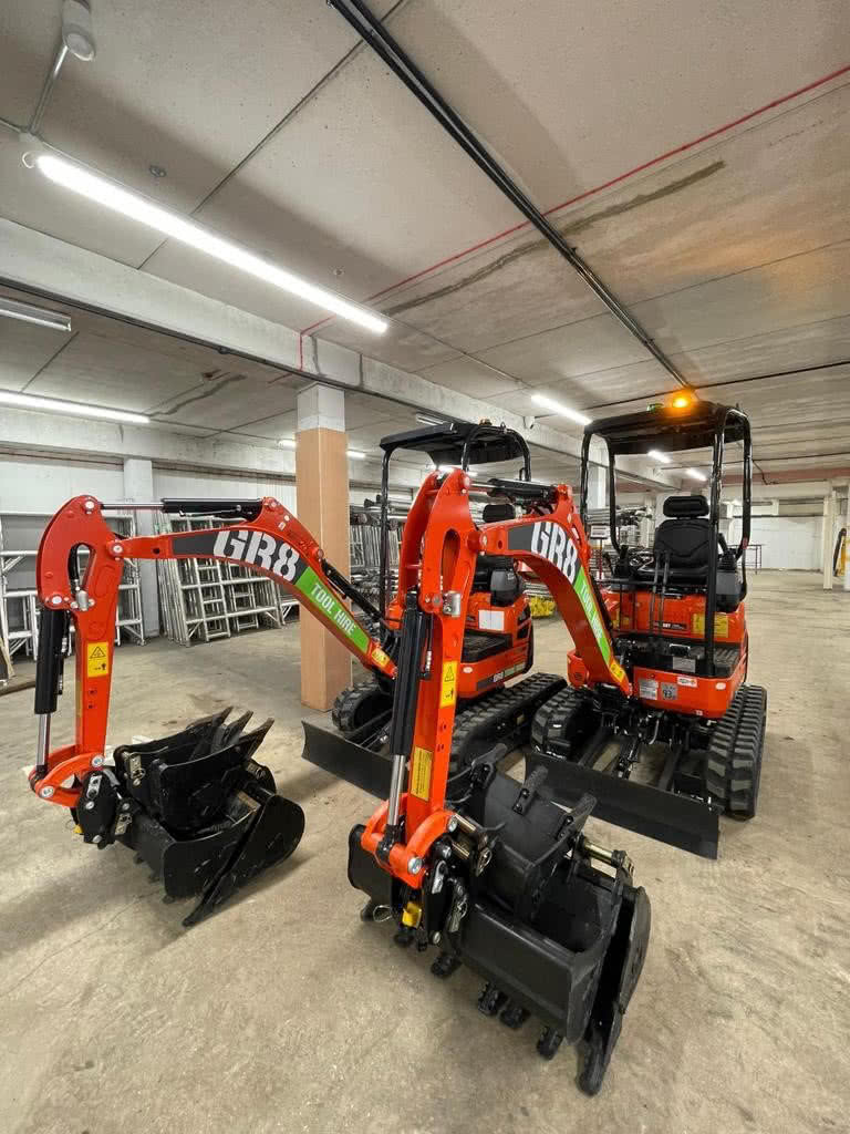 New Excavator for hire